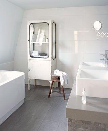 Witte oude apothekerskast. - badkamer ideetjes | Pinterest ...