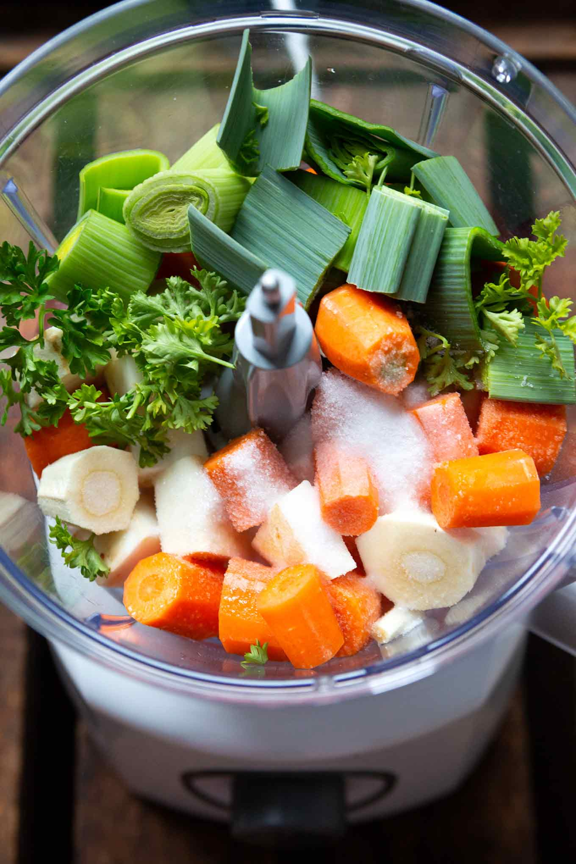 Gemüsebrühe selber machen  So gehts super einfach  Kochkarussell