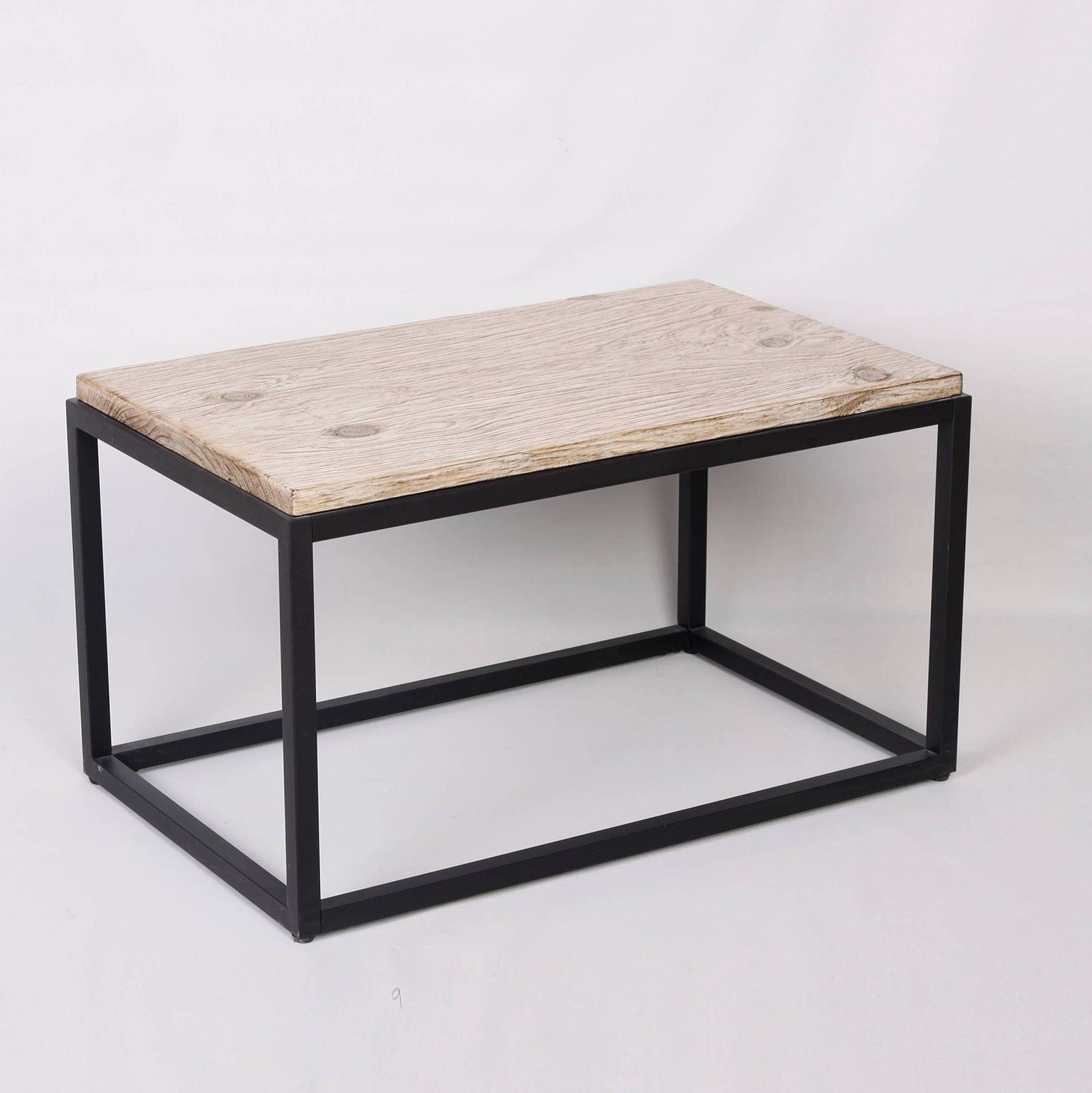 Fabulous Black + White Outdoor Finds at Target - Outdoor Coffee Table