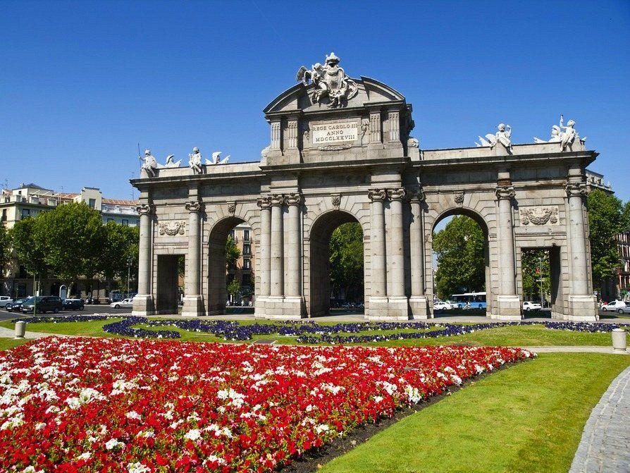 Alcala Gate Madrid Ofertas De Viajes Viajar Por Espana Y Viajes