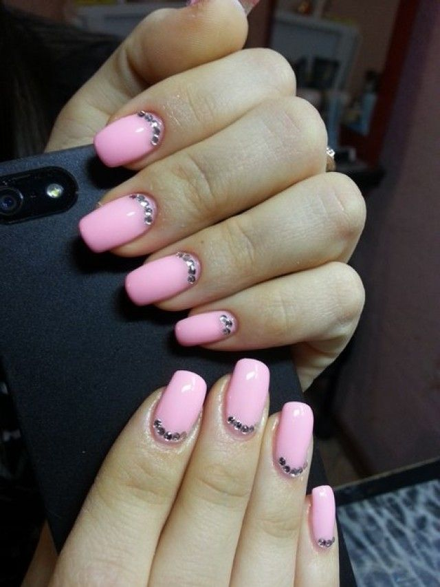 anastasia el design nagel pink mit steinen nageldesign bilder by world nails nailart galerie. Black Bedroom Furniture Sets. Home Design Ideas