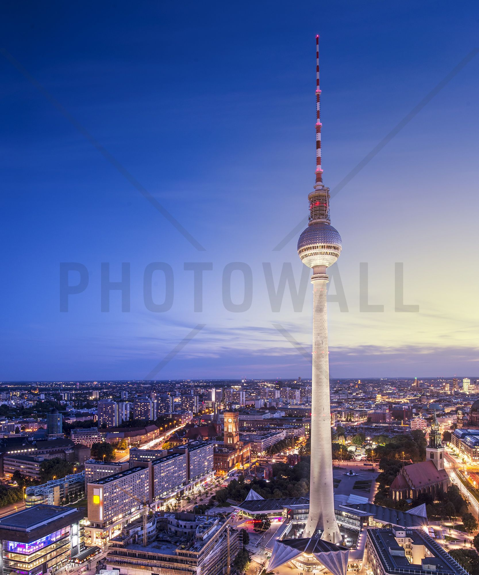 Berlin Germany View Of Tv Tower Fototapeter Tapeter Photowall Tarn Fototapet