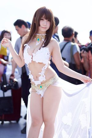 Cosplayers LOVE: DEAD OR ALIVE Xtreme 3 かすみ Kasumi | Dead