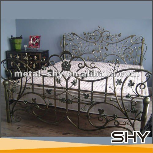 Antique Wrought Iron Cast Iron Bed Furniture For Sale Photo ...