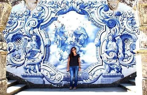 #tile #church #portugallovers #arquitecture #historyofart #beautifulplaces #ihavethisthingwithtiles #cityofangels #angelscity #protection #prayer #pray #lovethis #blue #me #paineis da #igreja de #nossasenhora dosremedios #azulejos #douro #cidade #patrimonio #historia #lamego #viseu #portugal by i.sabelsousa