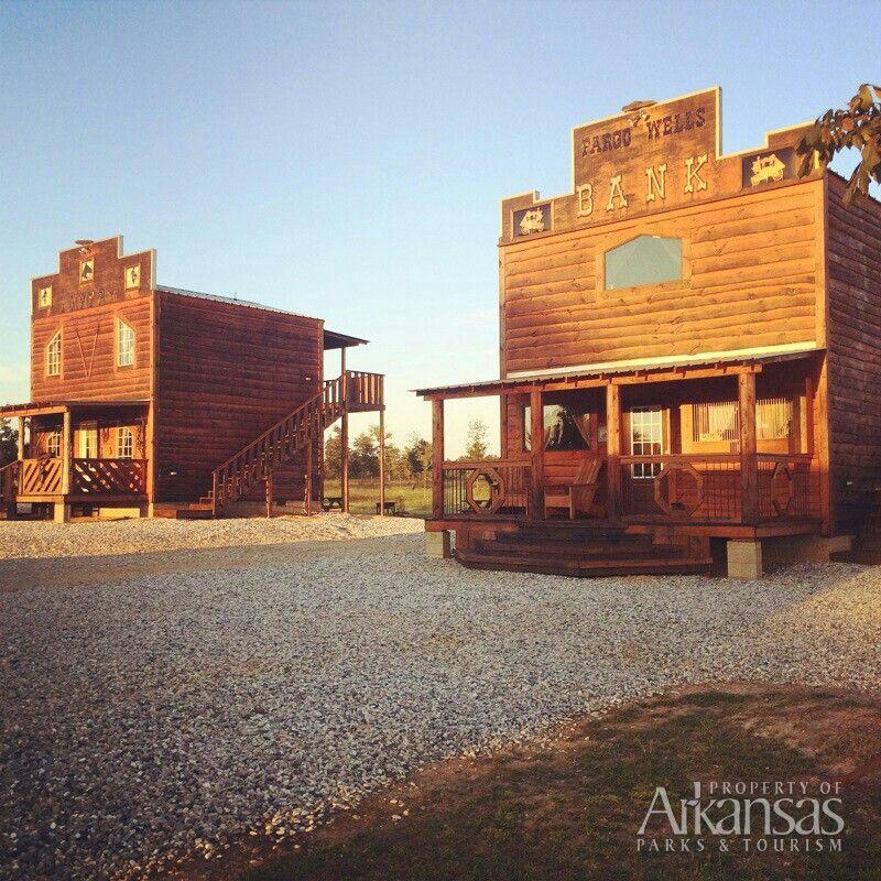 Etonnant Diamonds Old West Cabins In Murfreesboro. Arkansas ...