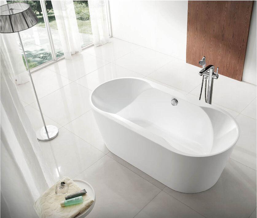 Bathtub / Tub / Spa/ Whirlpool BT-107 Free-standing bathtub Size ...