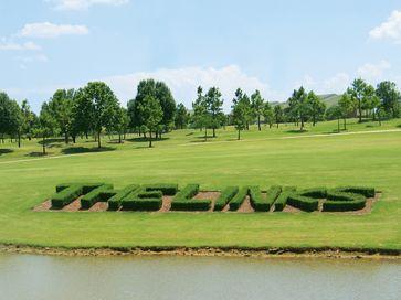 18+ Chesapeake links golf viral