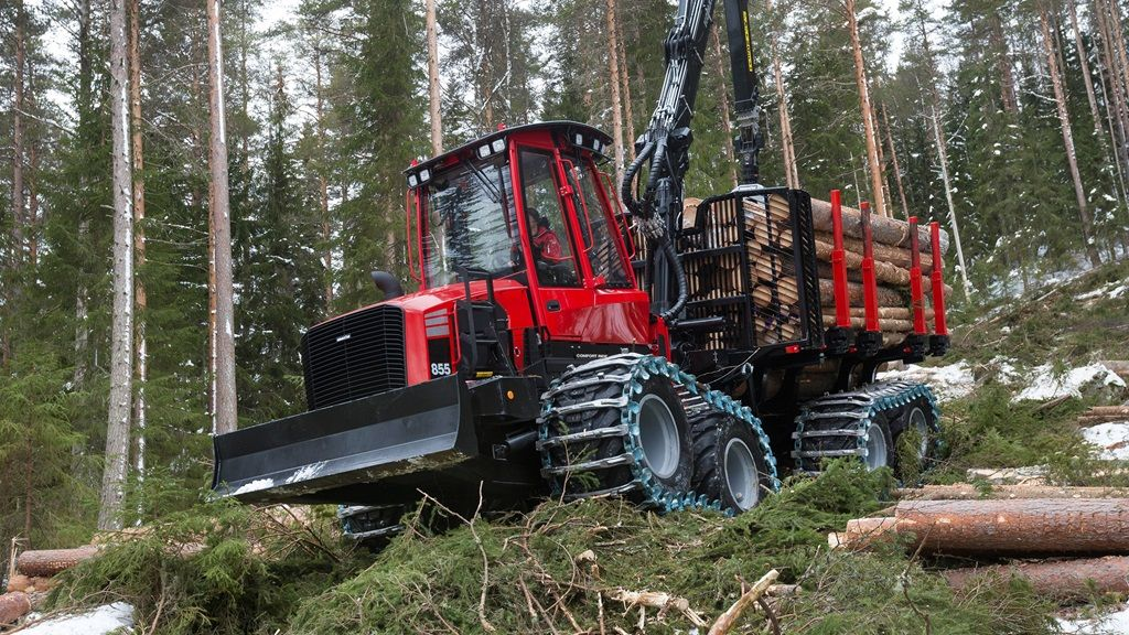 Komatsu 855 forwarder | Forestry machines | Logging