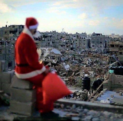 Aunque la ciudad trata a mantener la política fuera de las festividades religiosas, este año es imposible ignorar la ola de violencia que atraviesa Palestina.