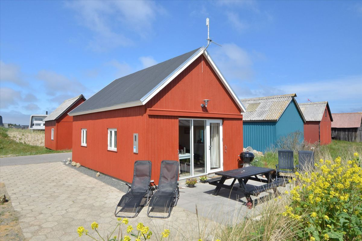 A second summerhouse inspired by fisherman\'s sheds in Denmark | Tiny ...