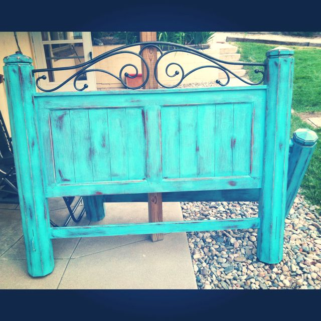 Diy Distressed Bed Frame I M Obsessed With This Head Board Furniture Makeover Diy Diy Furniture Projects Home Crafts