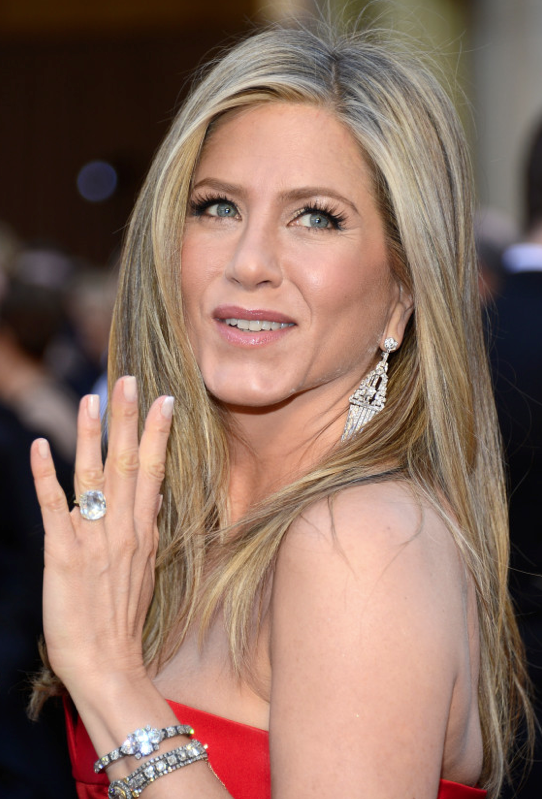 The American Manicure   Jennifer aniston, Makeup and Hair makeup