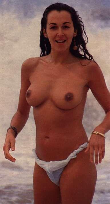 Pin De Vicente Garcia En Adriana Vega Desnudos Y Cine