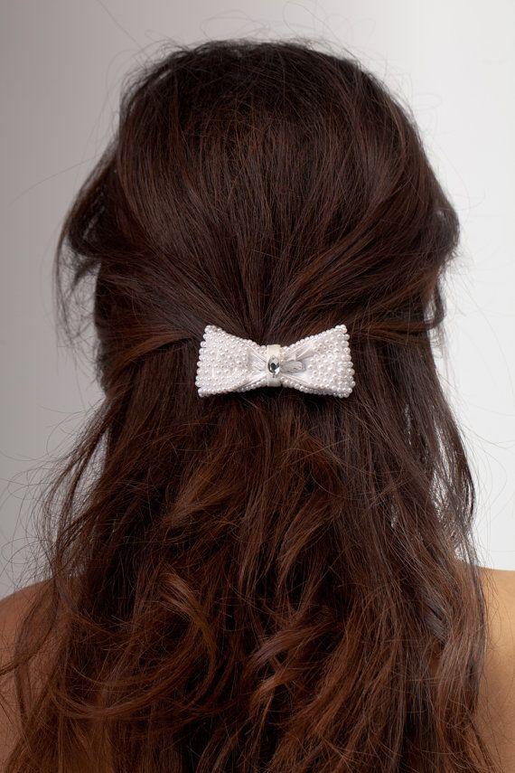 Pearl bow bridal hair clip