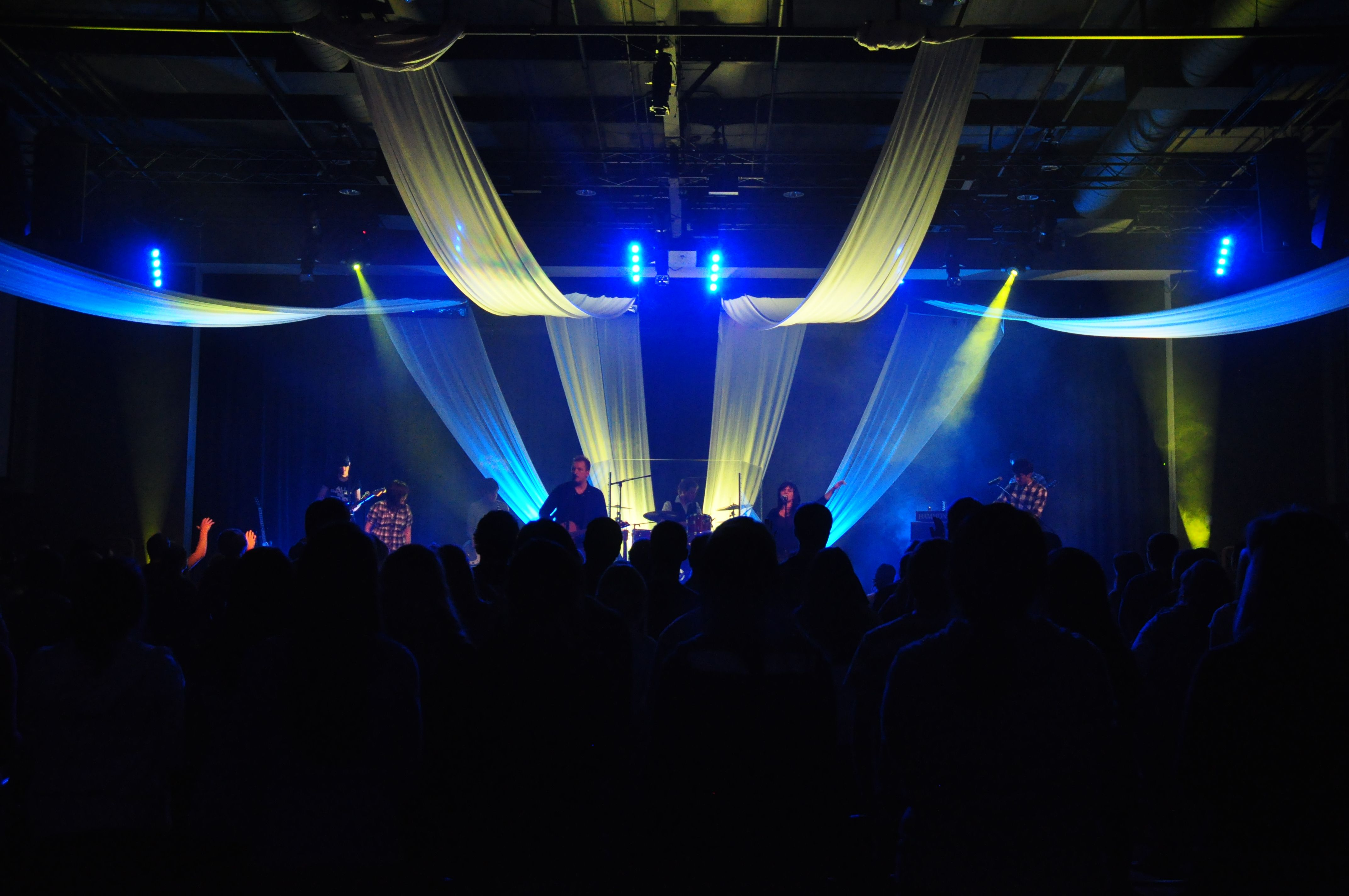 church stage design worship ideas stage set the stage church ideas set