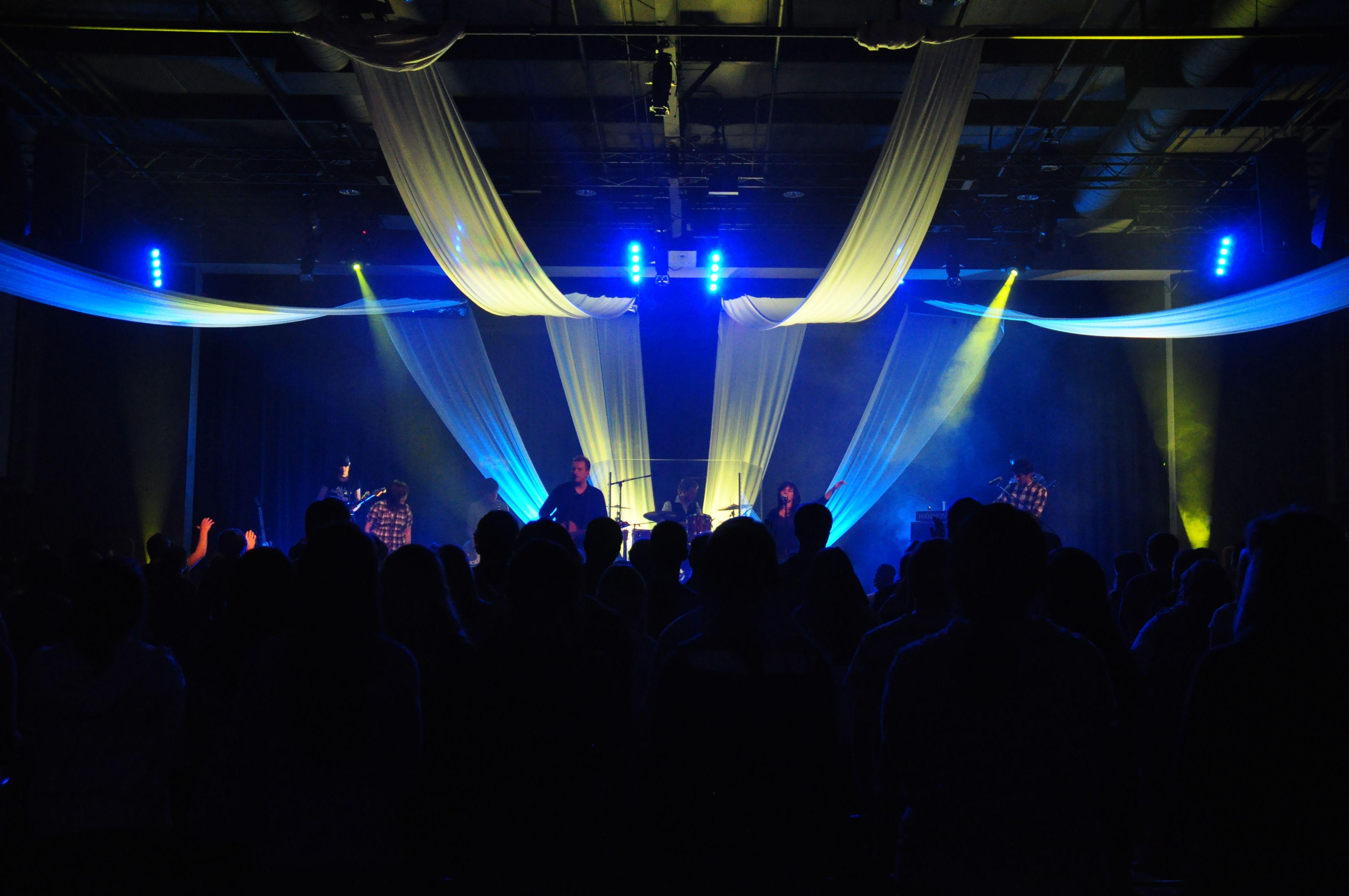 church stage design worship ideas stage set the stage church ideas set