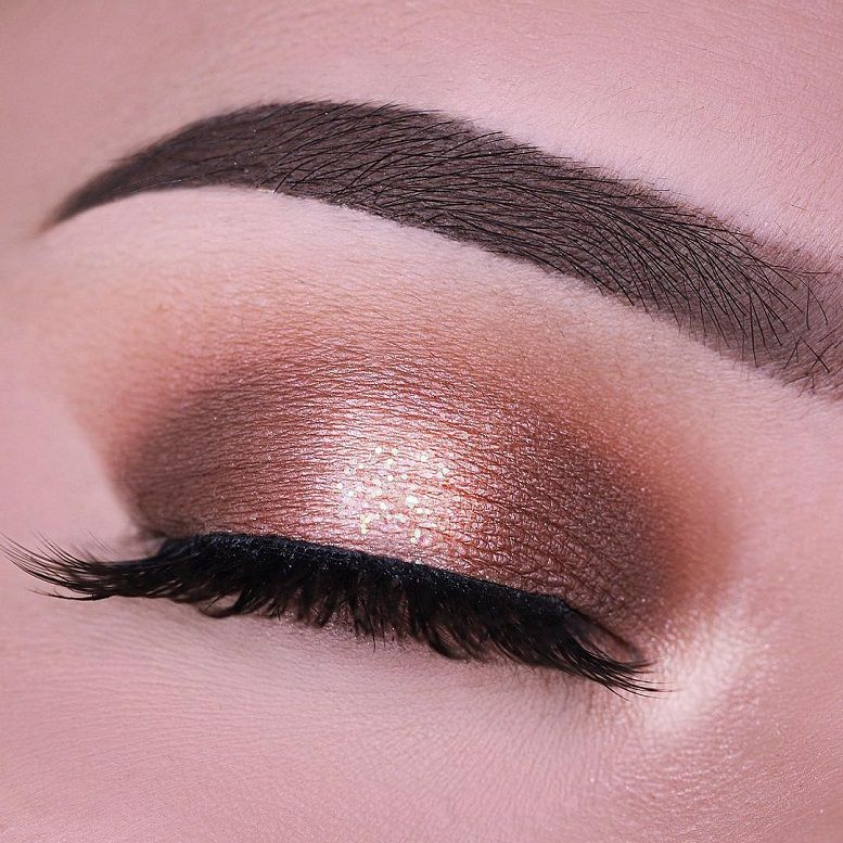 Fabulous eye makeup ideas make your eyes pop -  Halo eye morphebrushes 24G Grand glam palette Lashes in the style 'Romancing' Dipbrow in Ebony #eyemakeup #makeup #eyes #beauty