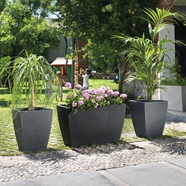 des pots g ants sur votre terrasse pour une d co zen terrasses pinterest deco zen. Black Bedroom Furniture Sets. Home Design Ideas