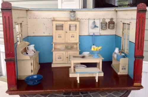 Antique-German-Roombox-Doll-Kitchen-w-Furnishings