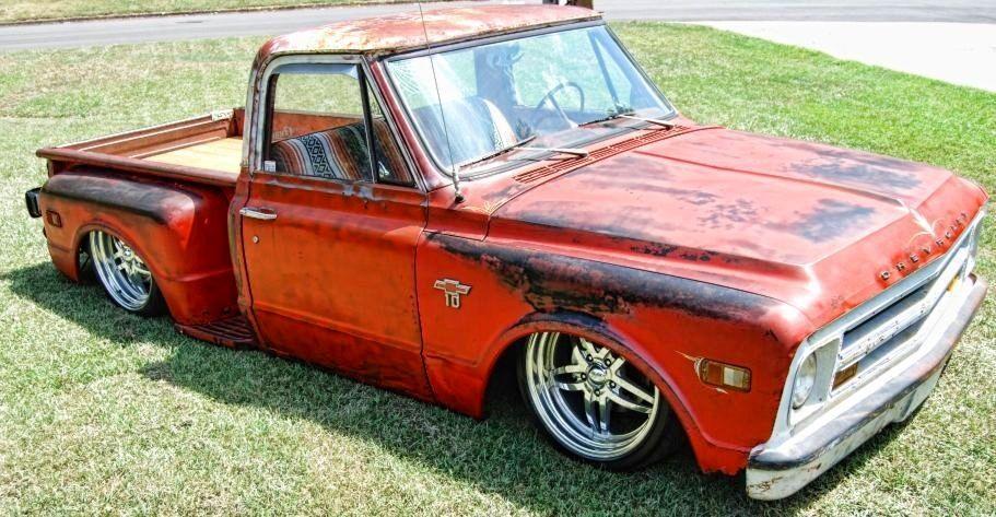 Slammed 1968 Chevy Stepside ( Classic Trucks
