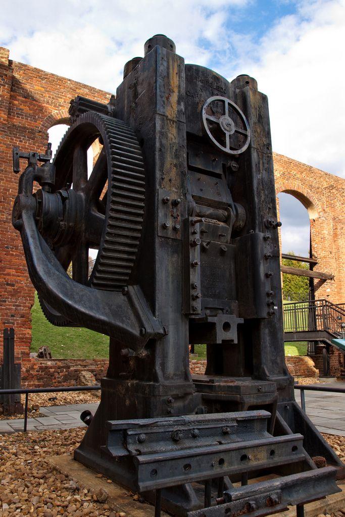 Toledo 1000-ton Press