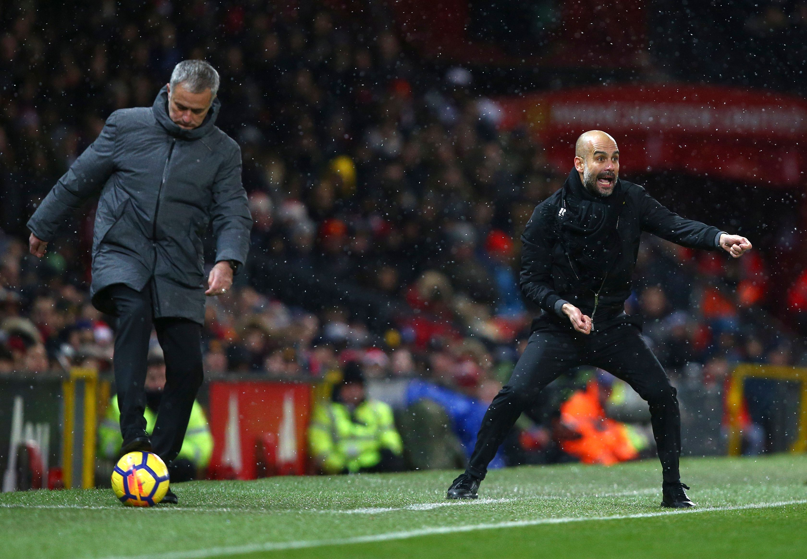 Recordsetting Manchester City wins derby to open up huge