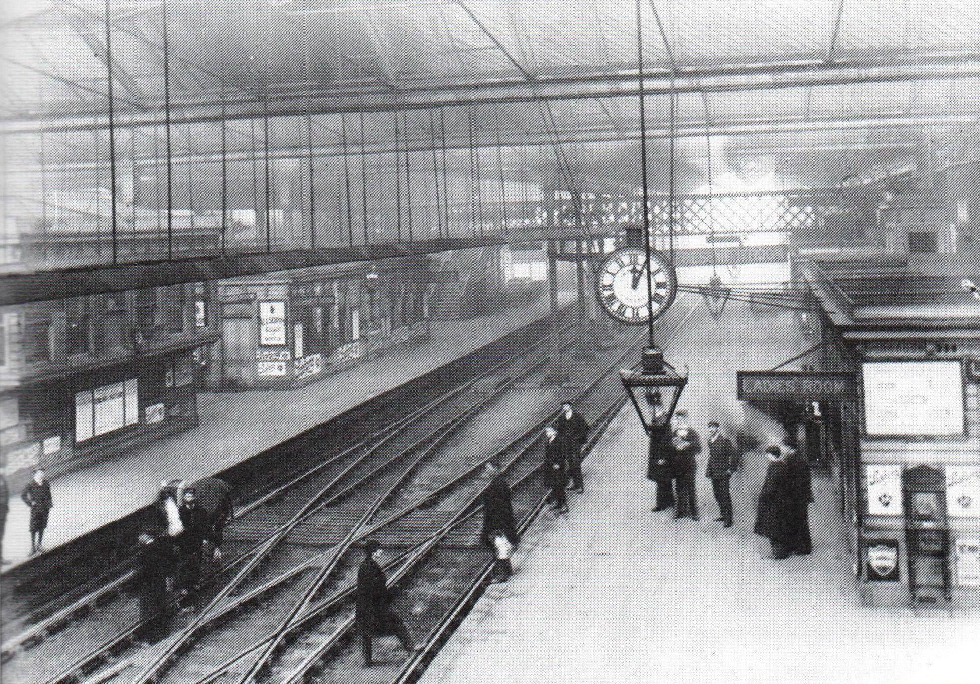 Derby Railway Station Circa 1890 Railway Station Favorite Places Vintage Architecture