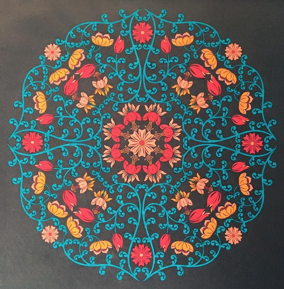 ingekleurde kleurplaat met stabilo uit mandalamagie