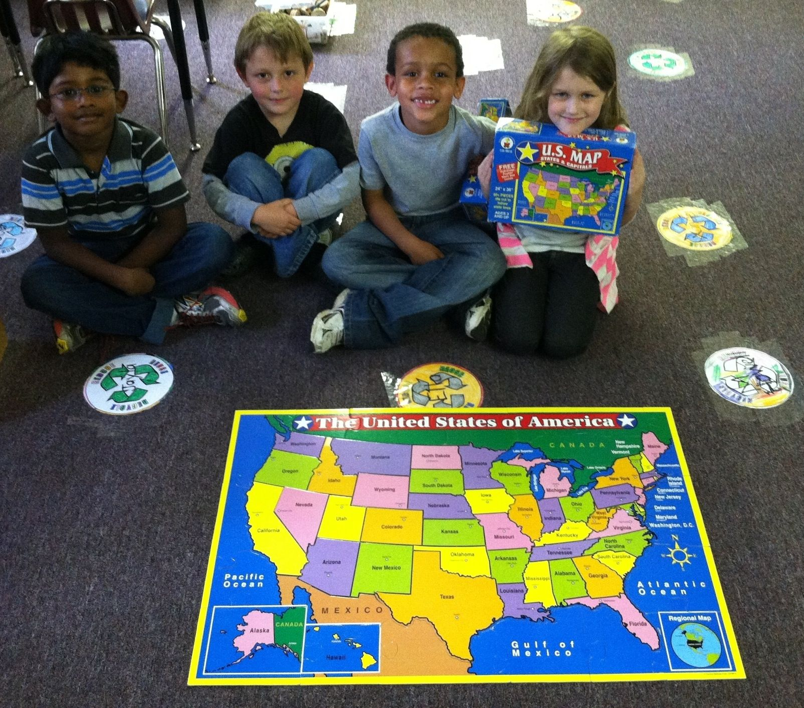 Kindergarten Students Put Together A Map Of The United