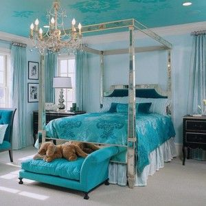 louis' mirrored four poster canopy bed from the mirrored bed