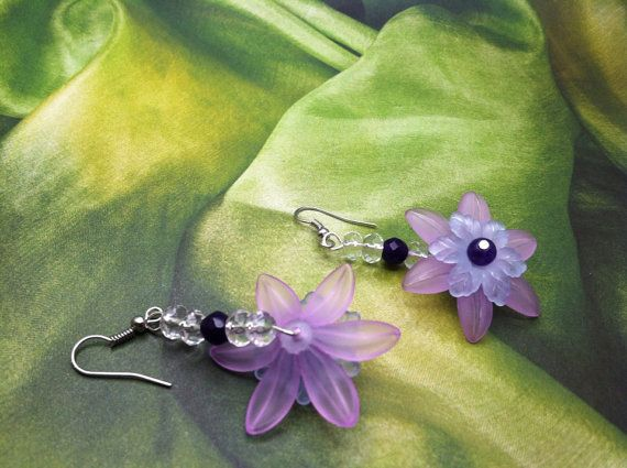 Light purple lucite flower earrings acrylic by SugarHillGems