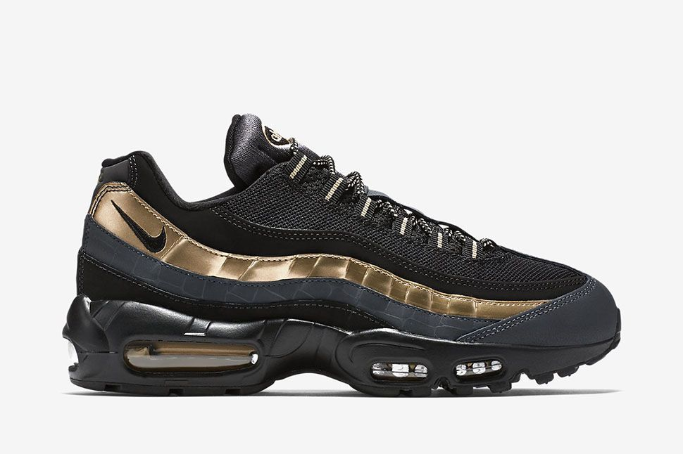 nike air max 95 black and metallic gold