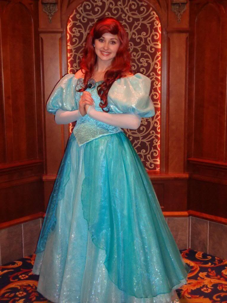 Princesses' NEW Dresse...