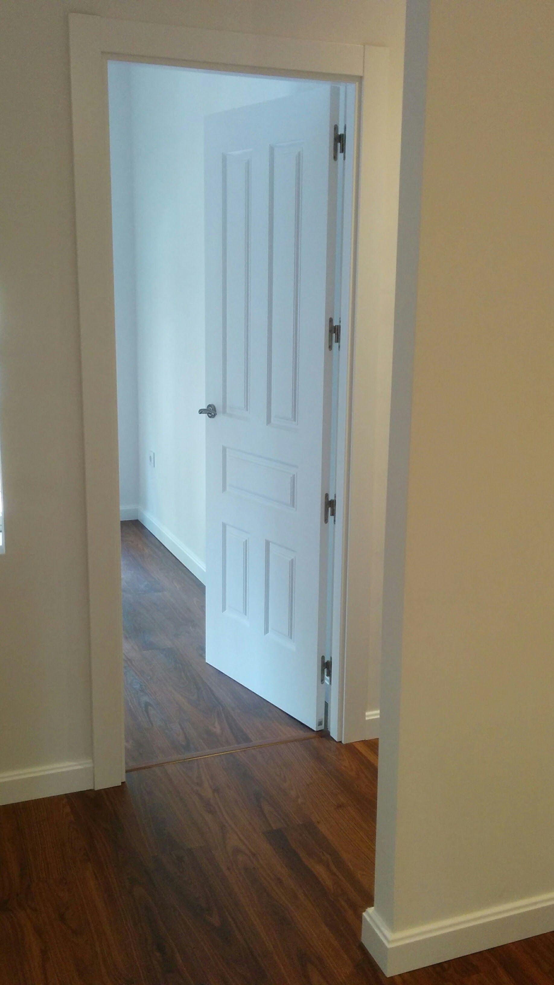 Modelo donatello lacado en blanco puertas castalla quick - Pernios para puertas ...