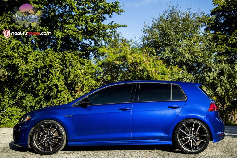 The Hottest Of Hatches 2016 Lapiz Blue Golf R Volkswagen Golf