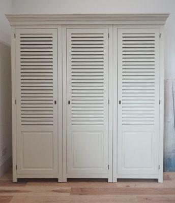 pin van witte kasten op kledingkasten zolder verbouwen. Black Bedroom Furniture Sets. Home Design Ideas