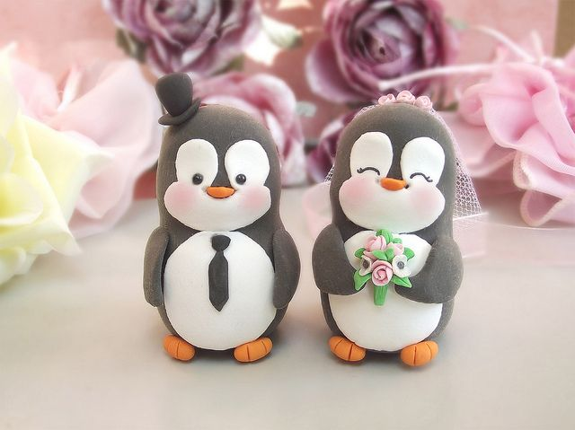 Penguin wedding cake toppers | Cake wedding, Penguins and Wedding cake