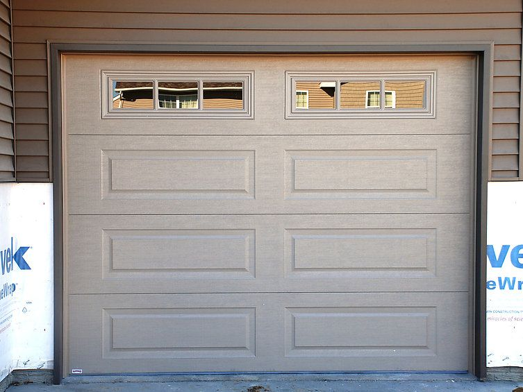 Overhead Door Co Of Cedar Rapids Iowa City Residential Garage Doors Garage Door Styles Garage Door Windows Residential Garage Doors