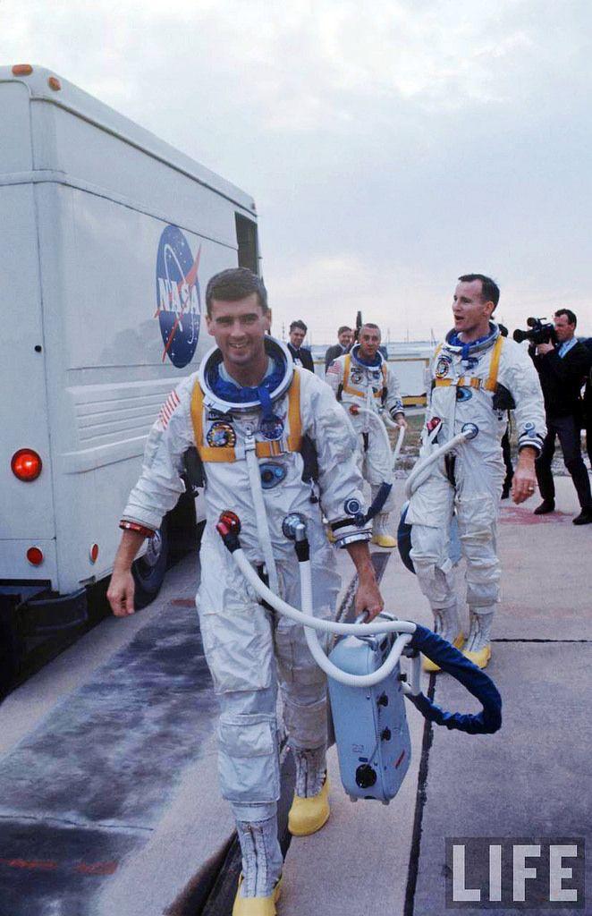 """APOLLO 1 """" Three Astronauts Killed by Fire """", Ralph Morse ..."""