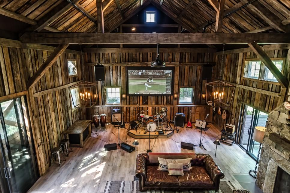 Party Barn With Music Stage And Full Wet Bar Wet Bars