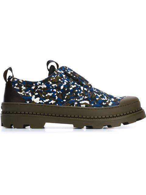 997636f20e98 FENDI Granite Print Sneakers.  fendi  shoes  sneakers