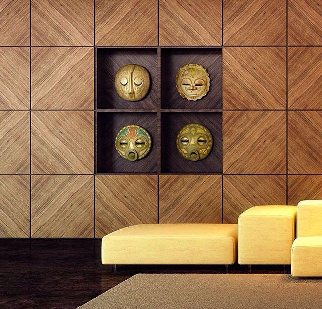 Detalhe nichos em madeira escura sob painel em madeira clara paginado