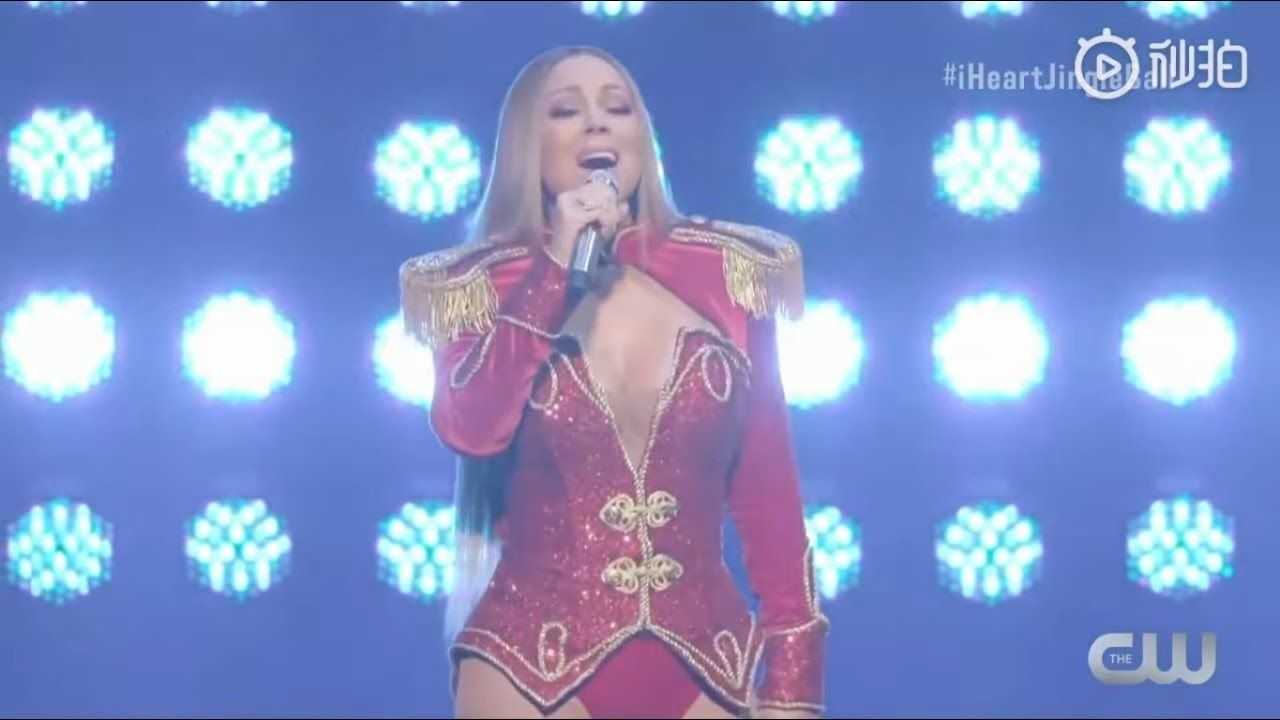 Mariah Carey All I Want For Christmas Is You Live At Iheartradio Jingl Mariah Carey Maria Carey Mariah Carey Gif