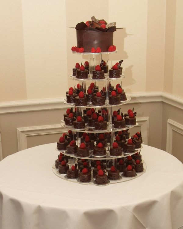 Explore Individual Wedding Cakes And More