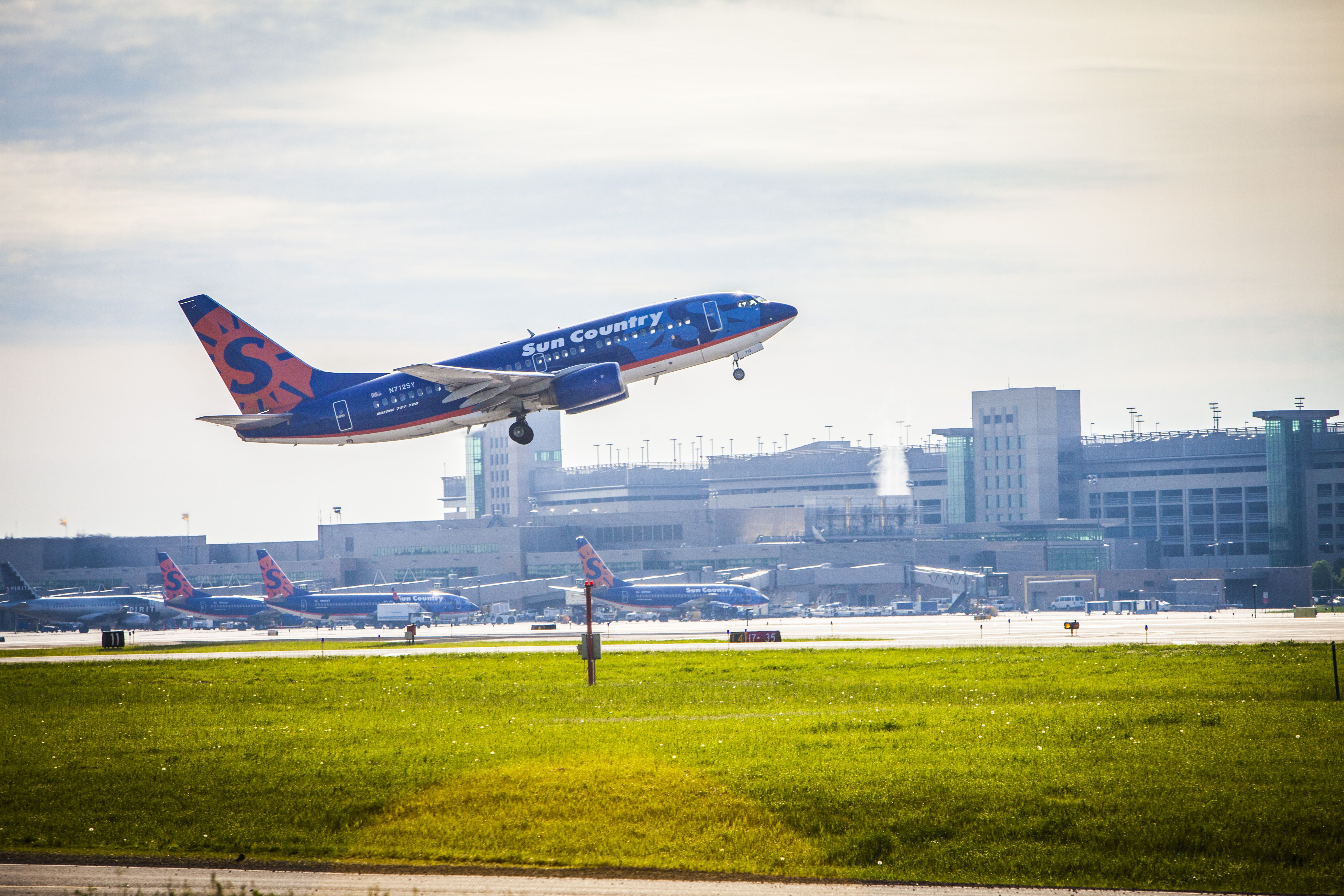 Sun Country Airlines points their nose to the sky at MSP