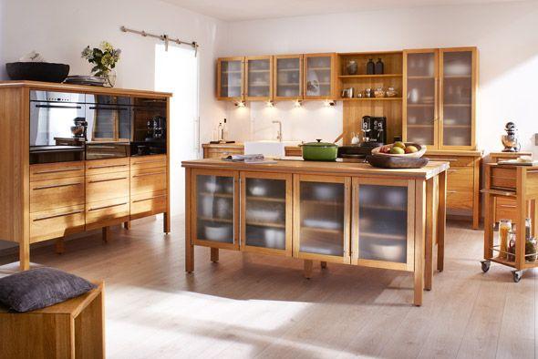 Eine moderne Massivholzküche der Firma Annex Küchen