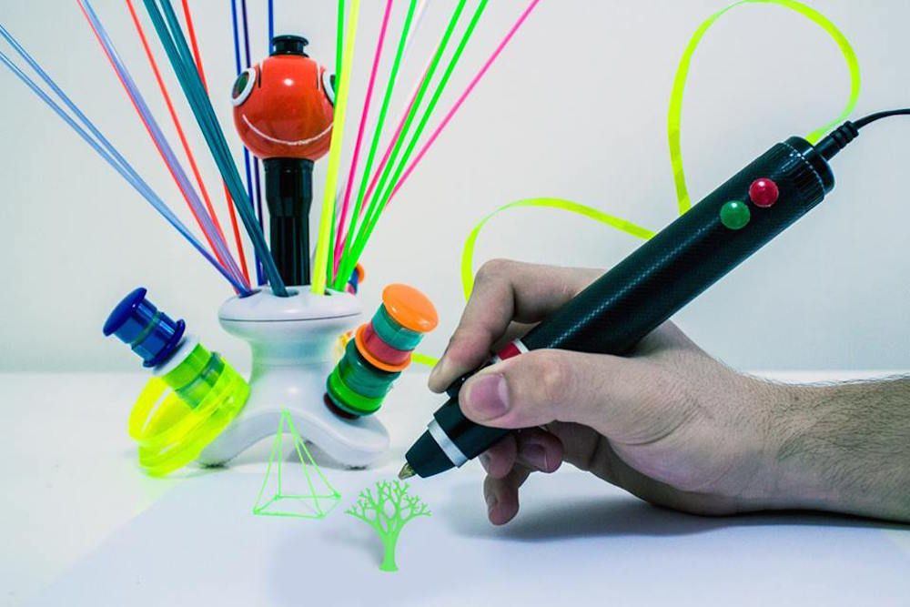 3d Printing Pen Uses Plastic Bottles And Bags As Ink Cartridges