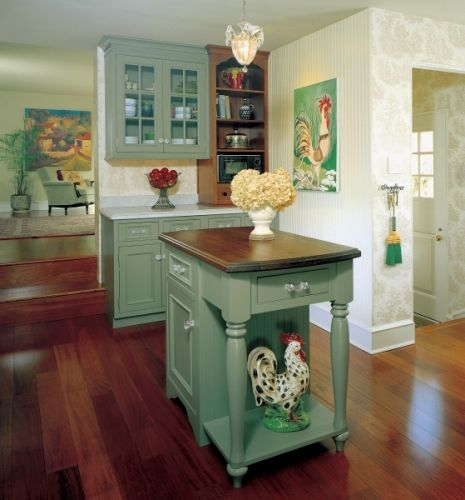 English Country Style Kitchens: Vintage Green English Country Kitchen