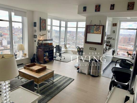 2 Bedrooms 2 Bathrooms Apartment For Rent In Downtown Brooklyn Apartments For Rent Brooklyn Apartments For Rent Brooklyn Apartment